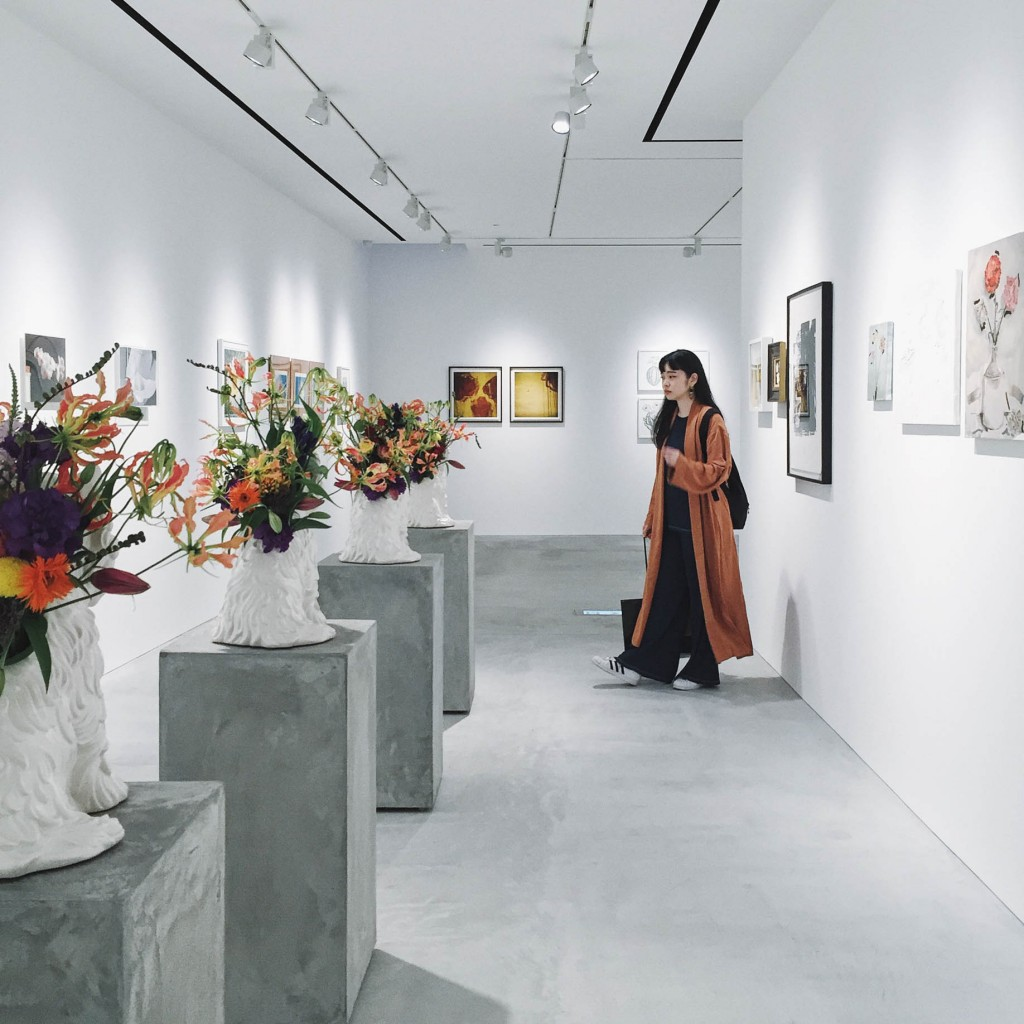 お花の凋落とカビ生えたプロセスが見える、「FLOWER HUDDLE」展に行ってきた!美しく切ない姿に圧倒された #藤原ヒロシ #東信AMKK #SUCC #FLOWERHUDDLE #ART