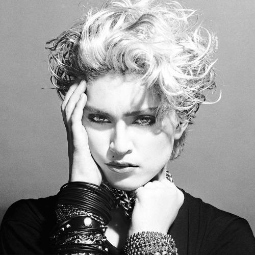 【2014 AWヘアメイク】80's Madonnaからインスピレーション!