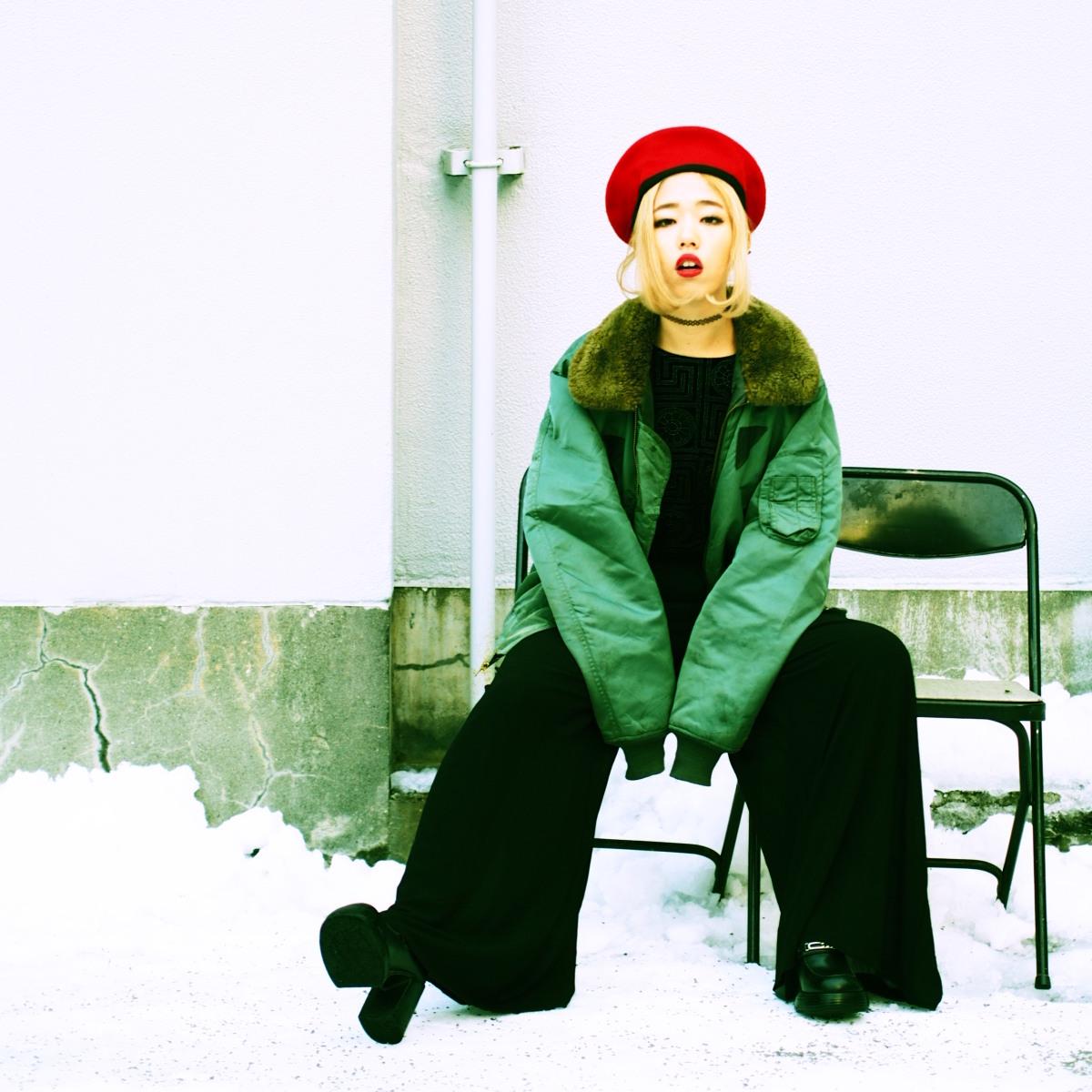 【#OOTD QUEEN】フライトジャケットの着こなし術!ハンサムかつ女性らしく着るには?