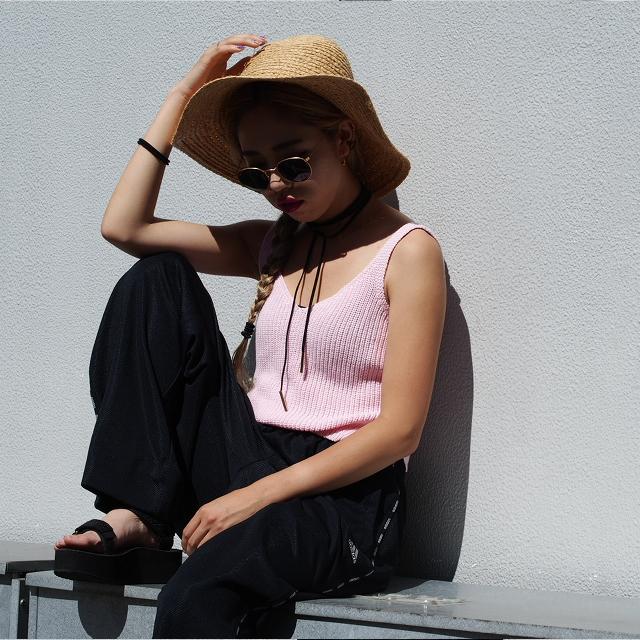「ベビーピンク」は辛口なストリートスタイルにスタイリングを! #OOTD #STYLING