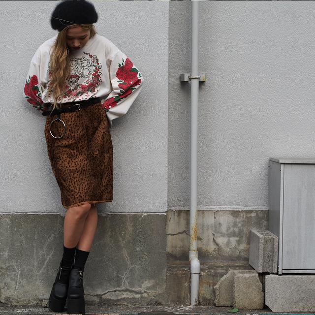 """#OOTD:秋は何を着る? """"薔薇とヒョウ柄""""の絶妙な組み合わせ"""