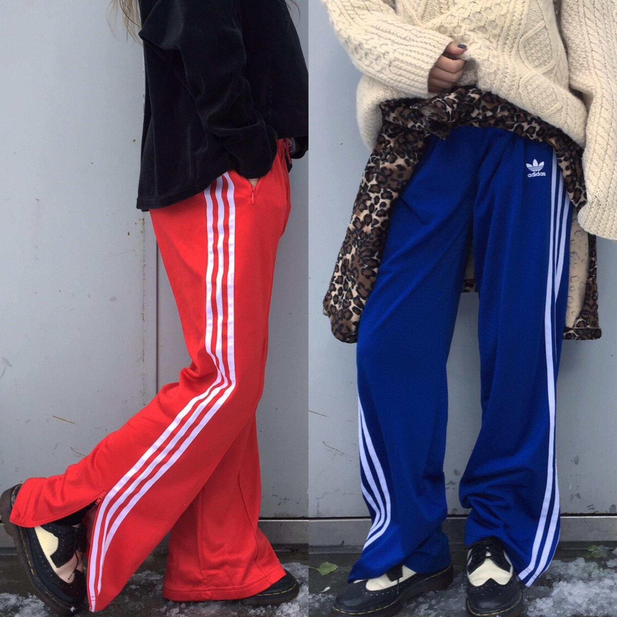 """#OOTD:カラーアイテムはボトムスで取り入れて!寒い季節に着る """"adidasジャージ""""スタイル"""