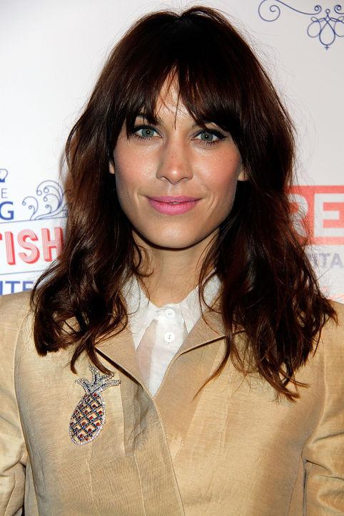 22-alexa-chung-bangs-haircut-celebrity-beauty-h724