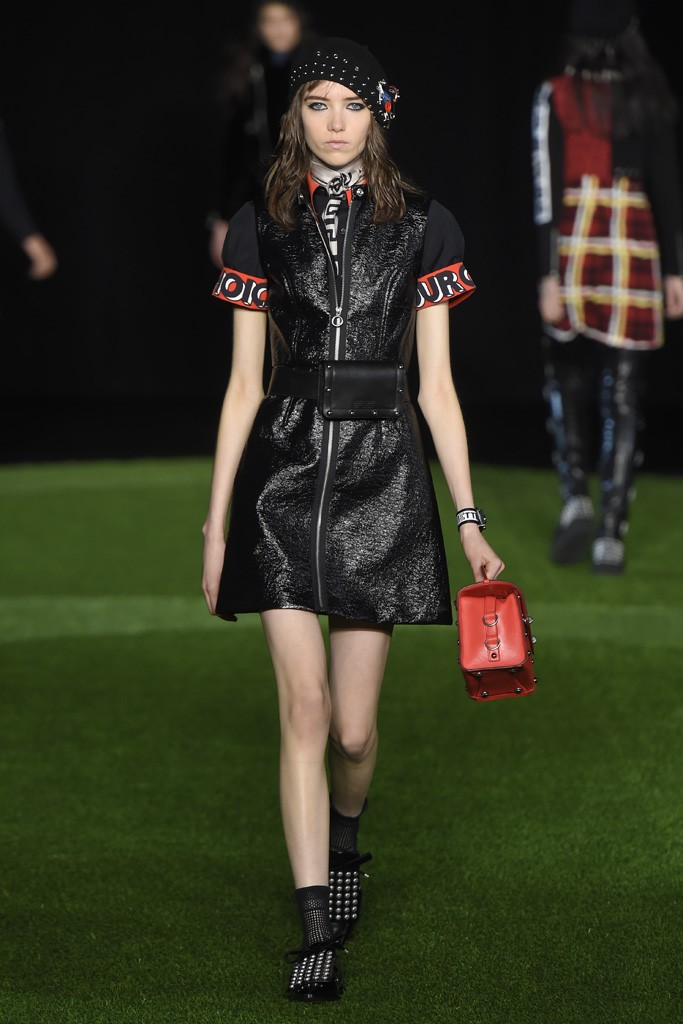 MARC-BY-MARC-JACOBS-2015-16-FW-NY-COLLECTION-022