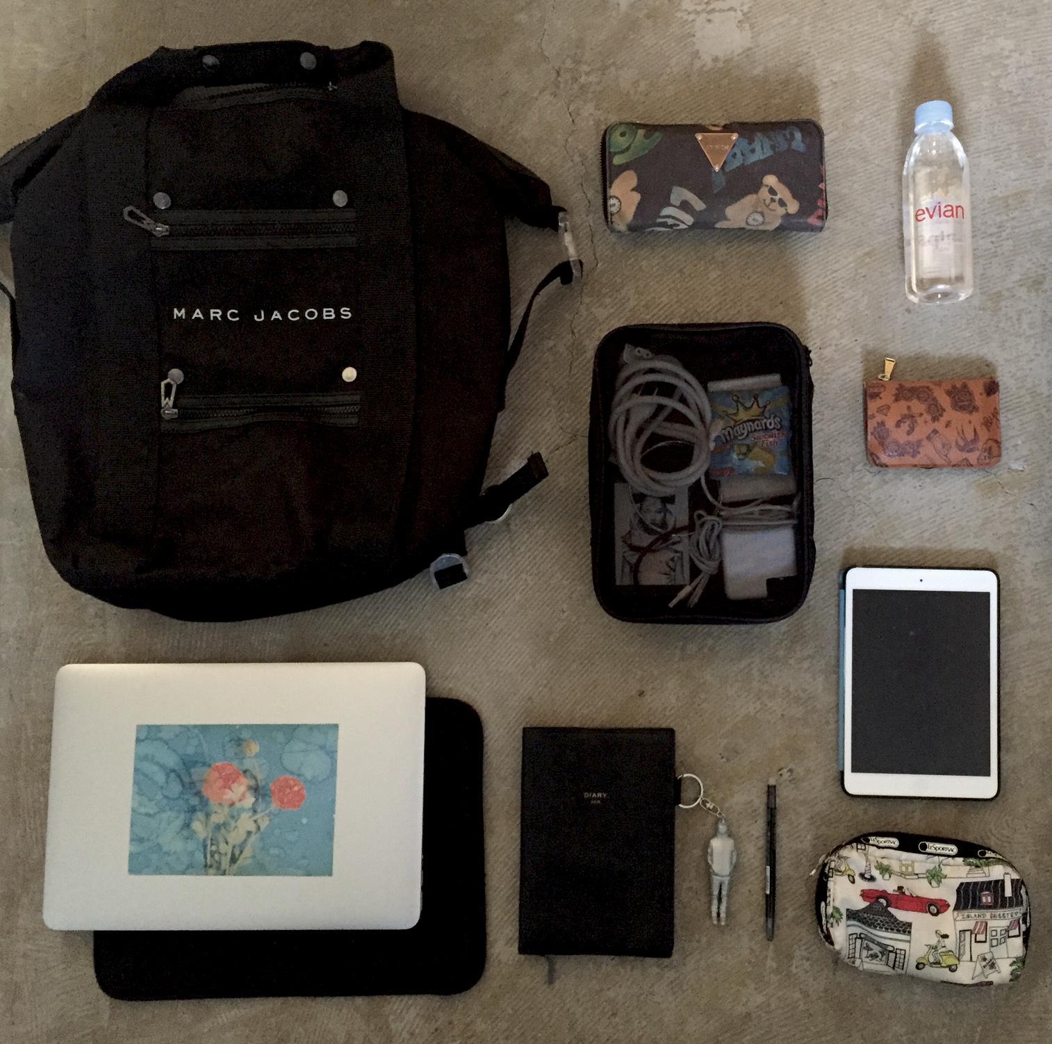 お洒落にまとめる♪出張の多い私の鞄の中身。@it_s_you_