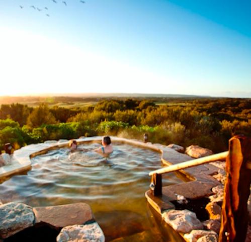 メルボルンでも温泉に入りたい!西洋式オーストラリアの絶景温泉とは?