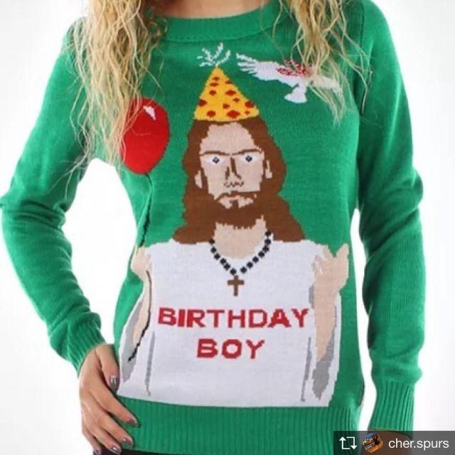 クリスマスはアグリーセーターで楽しもう!