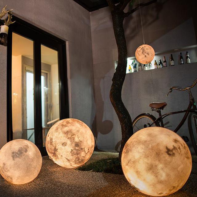 室内で月の存在を身近に感じられるランタン #LUNA #MOON