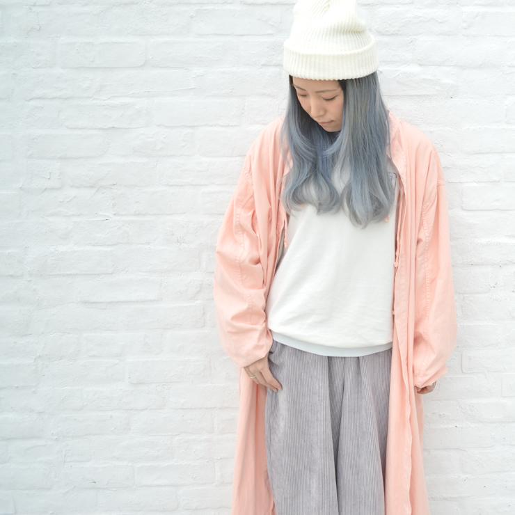 ピンク×ホワイト×グレーの淡いリラックス春スタイル #OOTD