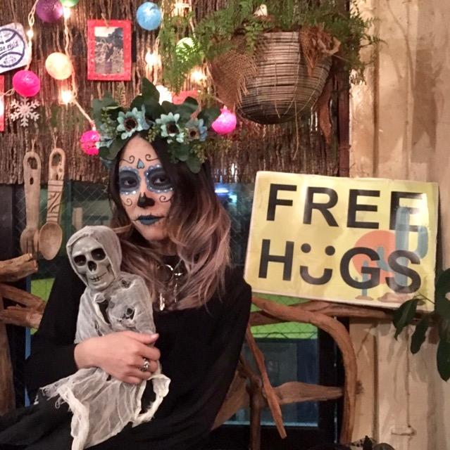 フリーハグ。渋谷の中心で愛を叫ぶ。#渋谷ハロウィン #freehugs