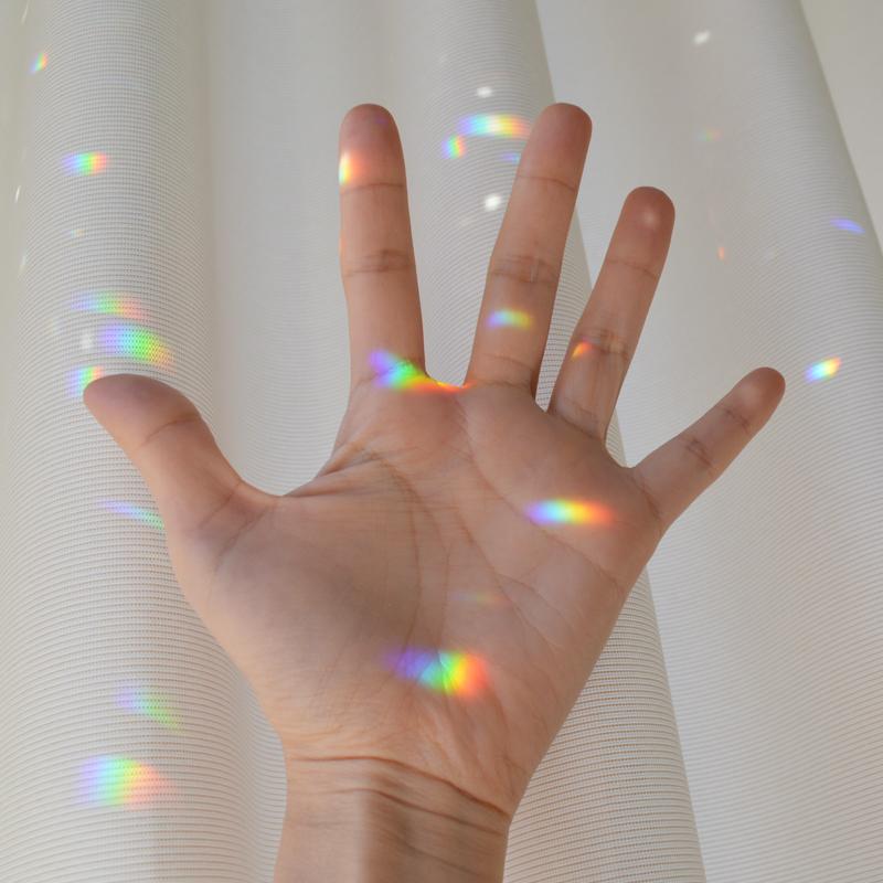 お部屋に虹色の光が差し込むサンキャッチャーを取り入れてみた #パーツや作り方