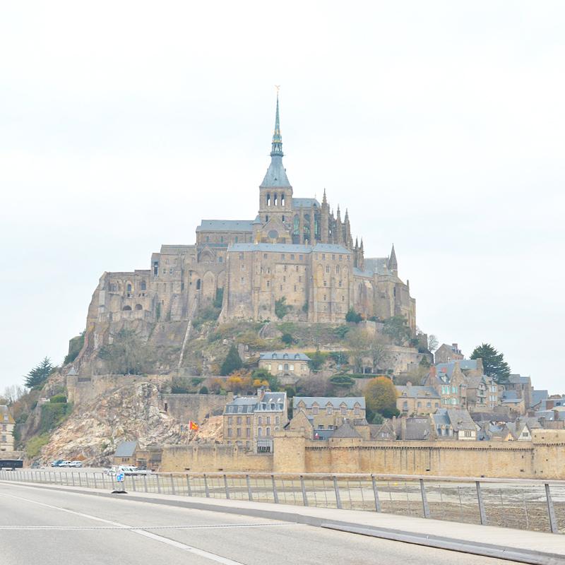 人気のいない神秘的な島内を探索。日帰りより宿泊をおすすめしたいモンサンミッシェル #フランス旅行記