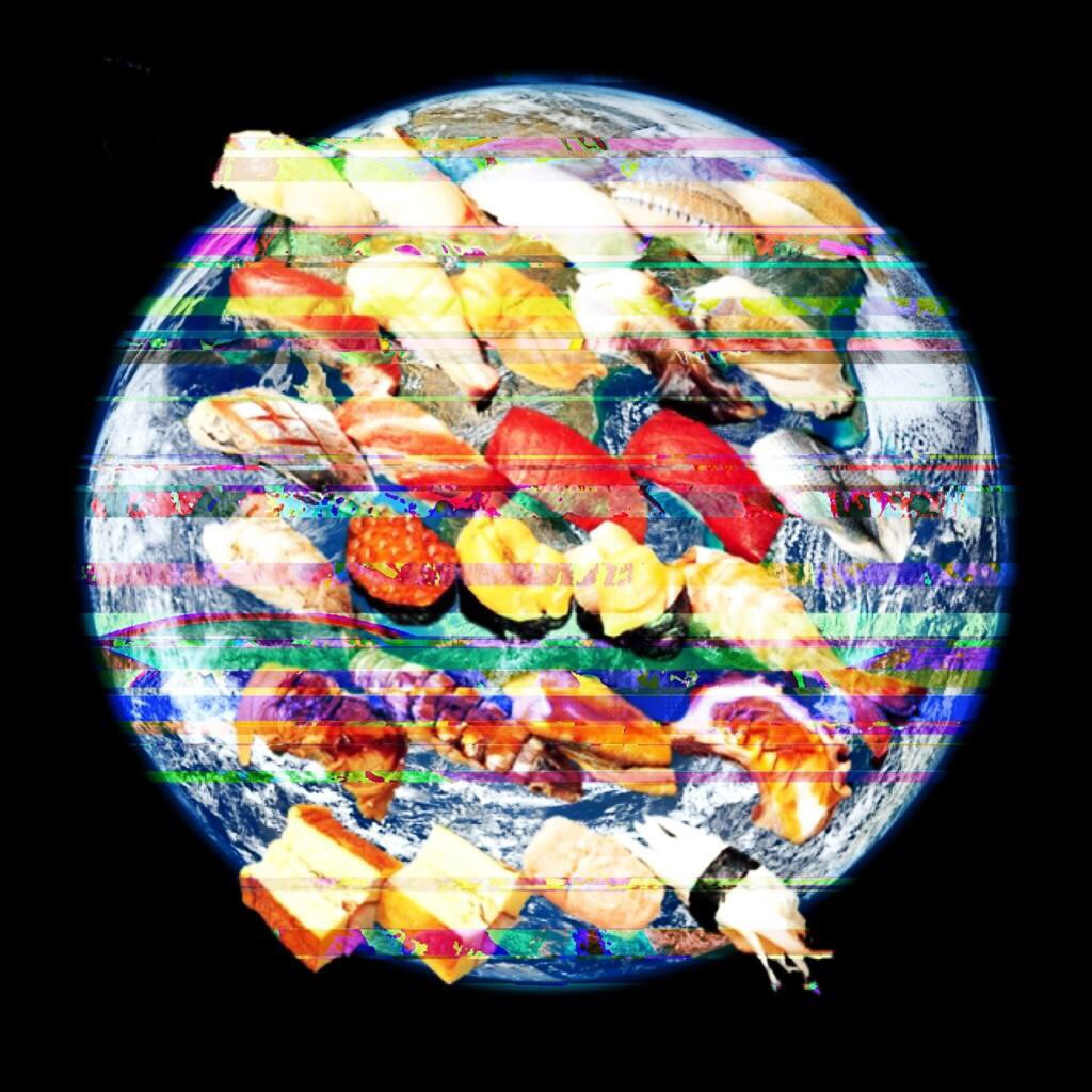 宇宙にお寿司が舞いまくる最新 #ART !斬新な握りが #Twitter にて毎日堪能できます。