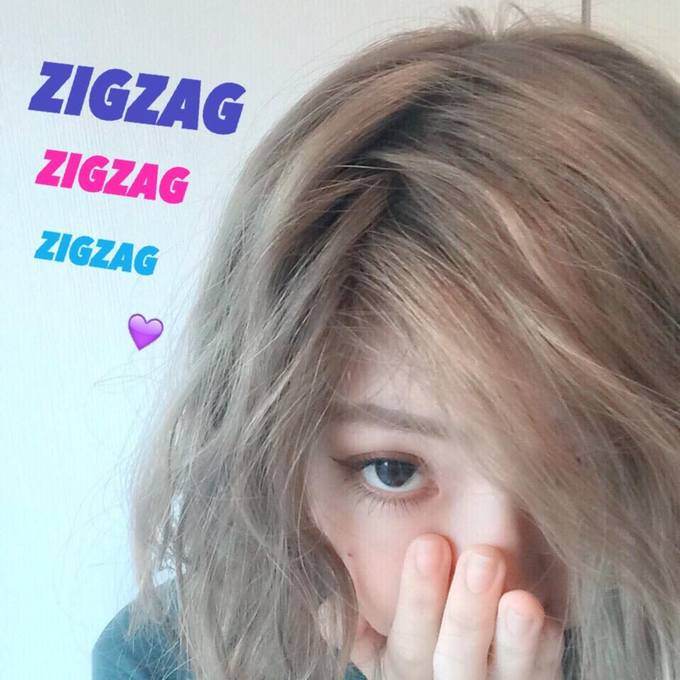 髪がプリンになってきたら必殺 #ZIGZAG 分け目でカモフラージュせよ! #hairstyle