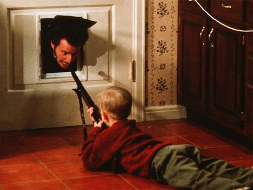 home-alone-culkin-stern-bb-gun