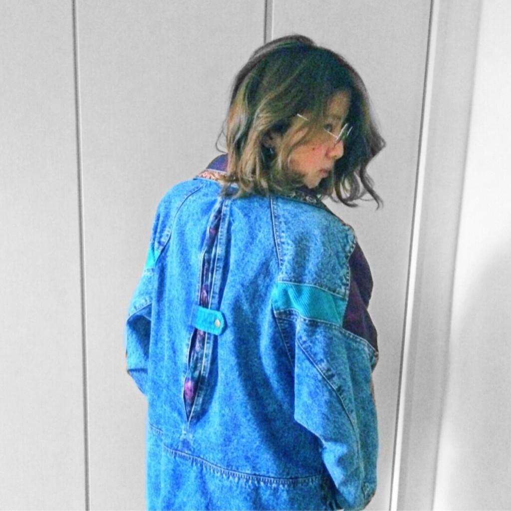 以前紹介したインパクト抜群な #vintage のデニムコート!実際に着用してみると…♥ #OOTDQUEEN Part.5
