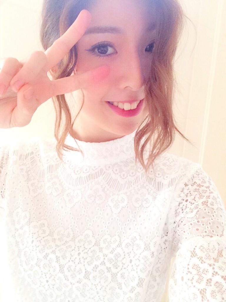 真っ白のレースワンピースで普段のメンズファッションからイメージチェンジ♡! #韓国購入品 #OOTDQUEEN