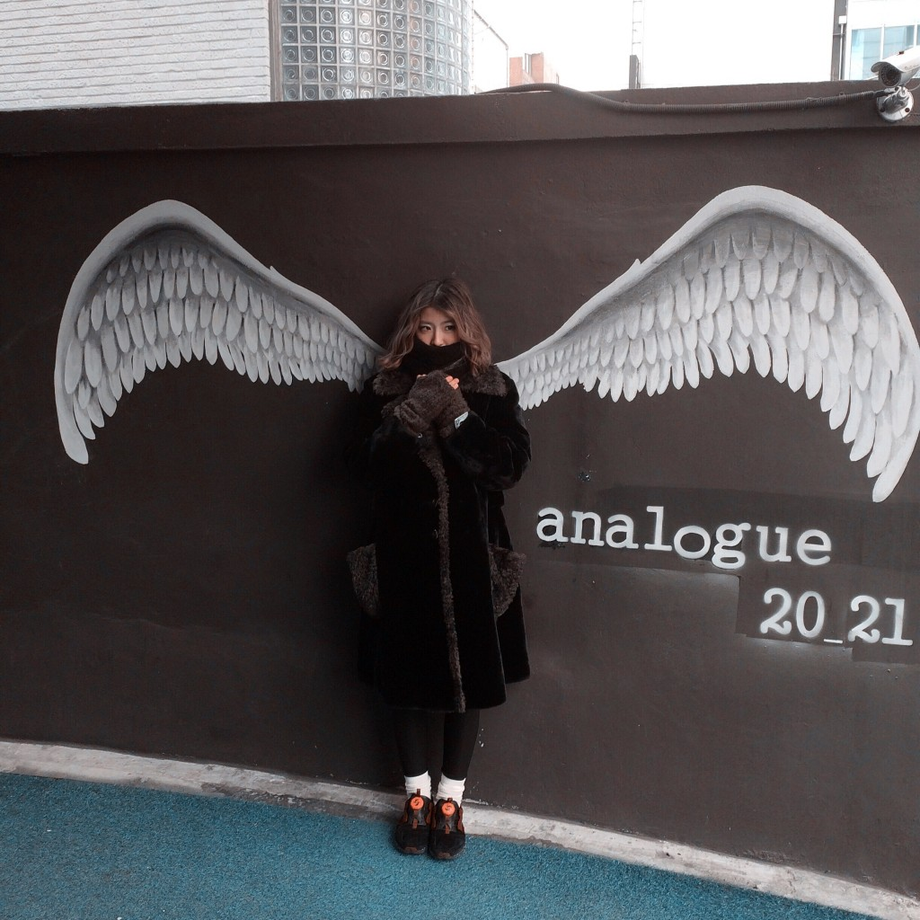 韓国のオススメフォトスポット in カロスキル!ー翼を生やせるウォールペイントー #ART #SEOUL