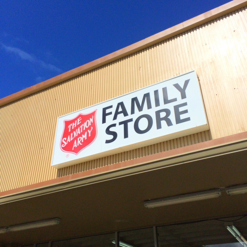 古着好き必見!1着$1.99が当たり前という衝撃のVINTAGEショップを紹介。 #Hawaii #Armani #購入品