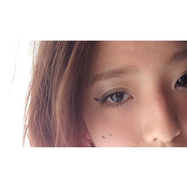 三角アイラインのおさらい! #FASHION のジャンル問わず相性◎です。 #makeup