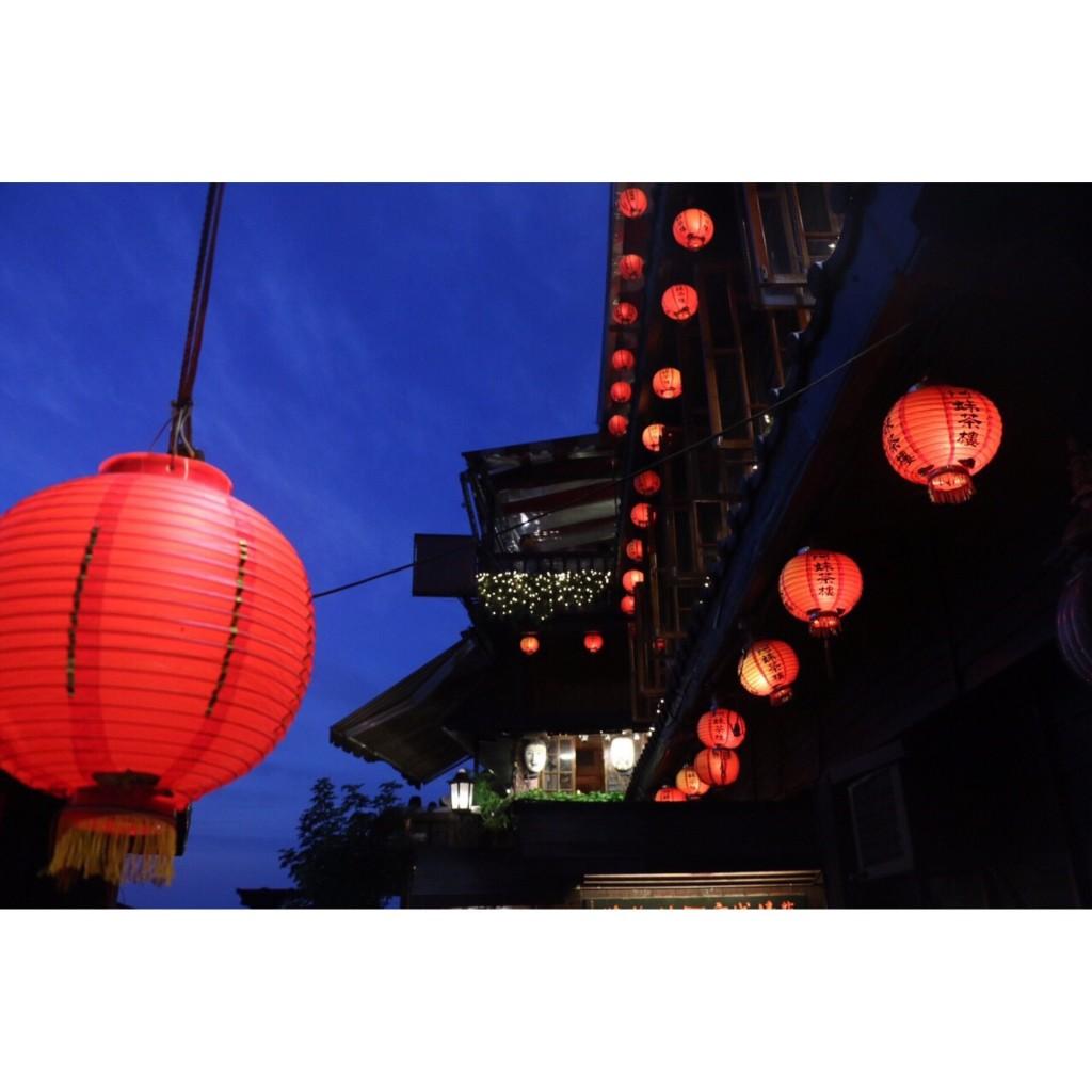 千と千尋の神隠しの街を彷彿すると話題の #九份 ♡ 3回目の私がオススメする行き方&行くべきお店。 #台湾