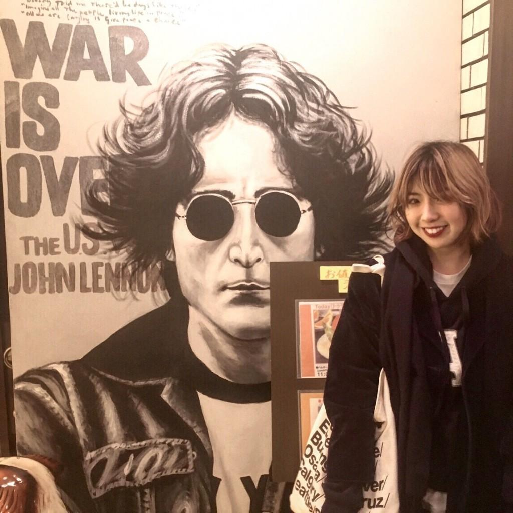 流れる音楽は #TheBeatles のみ♡ #ビートルズ 一色のレトロな喫茶店がDEEPでかなりオススメ。 #広島 #女子旅