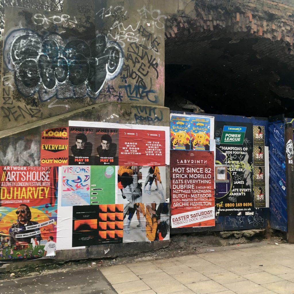 #BRICKLANE の #VINTAGEMARKET でDEEPな古着・レコード天国に飛びこもう! #LONDON