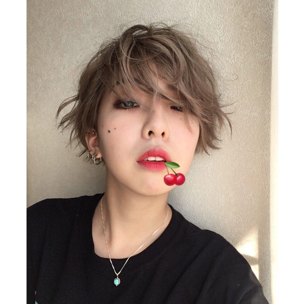 みずみずしいグラデリップが簡単につくれてオススメ!韓国街でも買えるプチプラ #ティントリップ ♥ #MAKEUP #新大久保