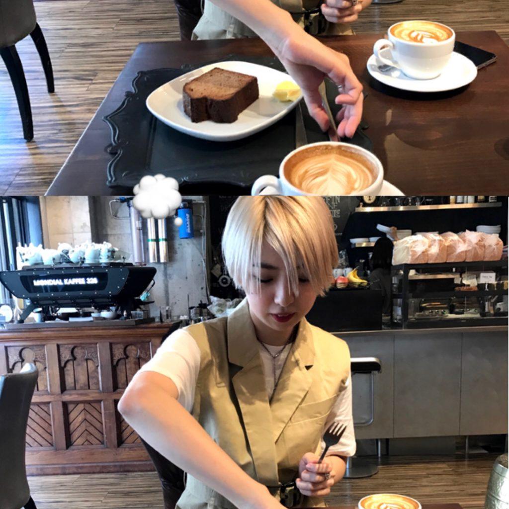 外側をカリカリにトーストした絶品バナナブレッド & カフェラテをどうぞ♡ オススメ #CAFE in #OSAKA !