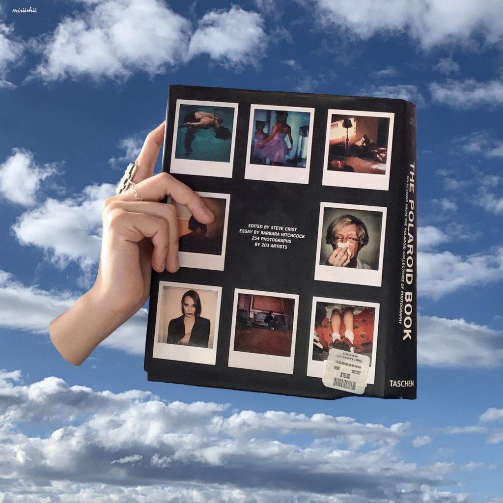 """撮影者はなんと203人!ポラロイドで撮影した作品だけを集めた""""THE POLAROID BOOK""""は、好きなフォトグラファーが必ず見つかるはず! #おうち時間"""