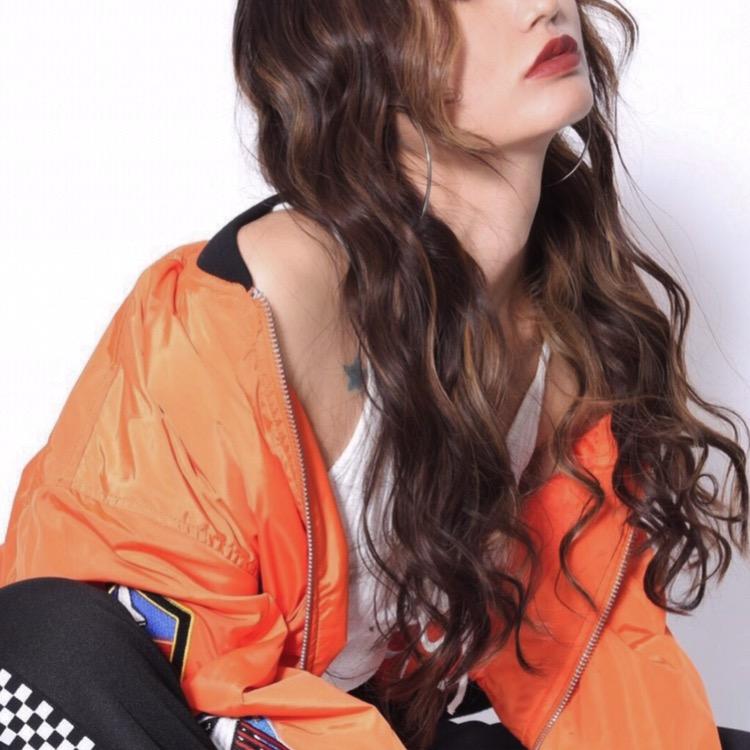 2017の#秋メイク は眉とリップでitに決める👄💄 #韓国ファッション #スポーティー