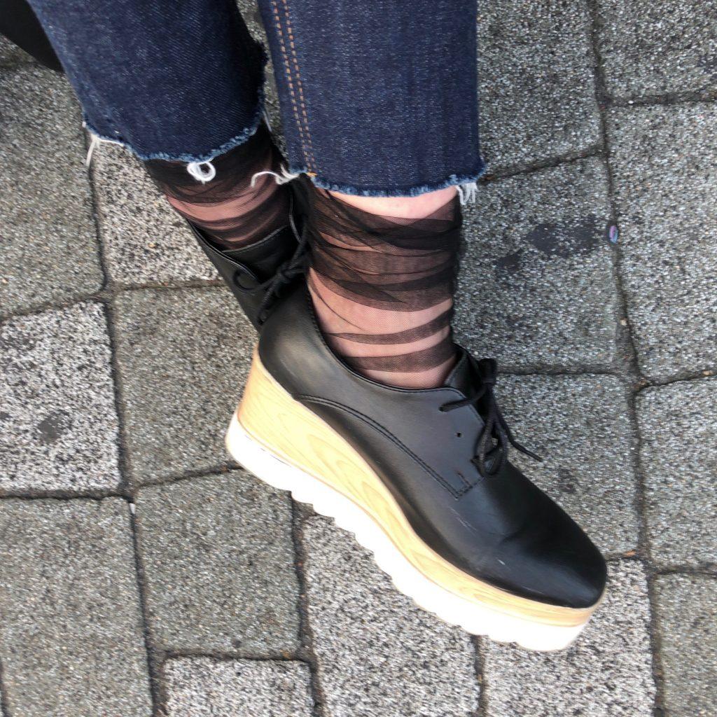 今年の春の始まりは 、くしゅくしゅの#シアーソックス で足元を可愛くしてみない♡??