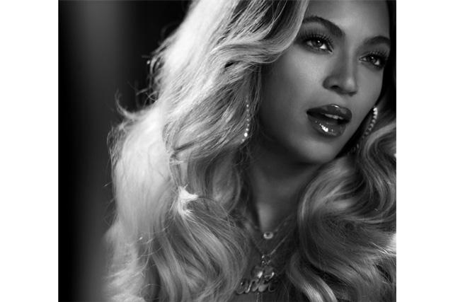 世界をあっと言わせた、女王Beyonceの一大ポップ・プロジェクト