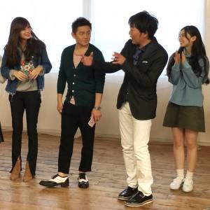 スピードワゴン小沢一敬とit girlsの撮影の様子を『インスタ女子部』でチェック!