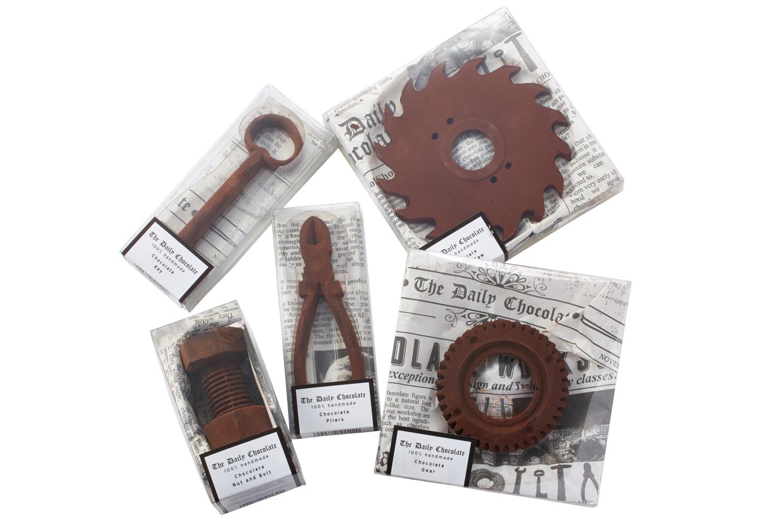 ボーイズのオタク心をくすぐるユニークな工具型チョコレート