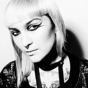 DJ界のシンデレラと賞賛されるMaya Jane Collesが東京&大阪に来日決定!