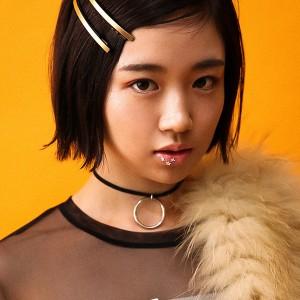 簡単チェンジ! 普段着→パーティスタイルに仕上げるコーデ術&ヘアメイクTips♡ PLAY DRESSUP Vol.3 SARA