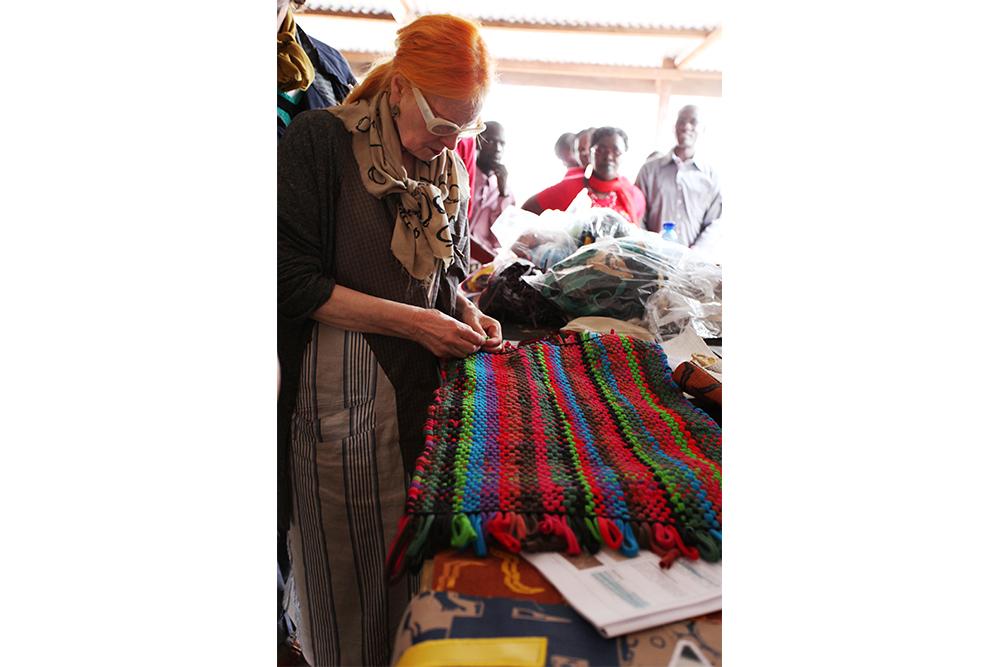Vivienne WestwoodがArtisan.Fashionが生産したハンドメイドアクセサリーを展示するポップアップイベントを開催