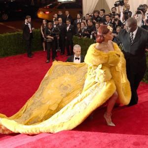 ファッションとは何かを問いかけるドキュメンタリー『メットガラ ドレスをまとった美術館』