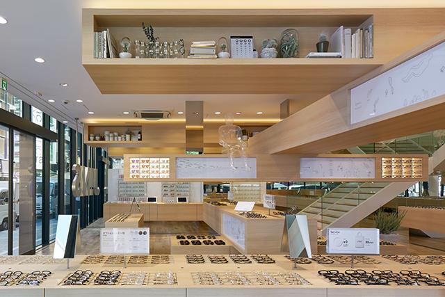 旬なアイウェアが揃う『JINS』の旗艦店が渋谷にオープン!