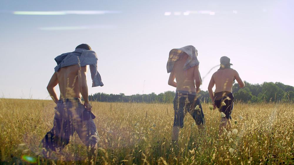 王道だけど新しさがある、夏に観たい青春映画『キングス・オブ・サマー』