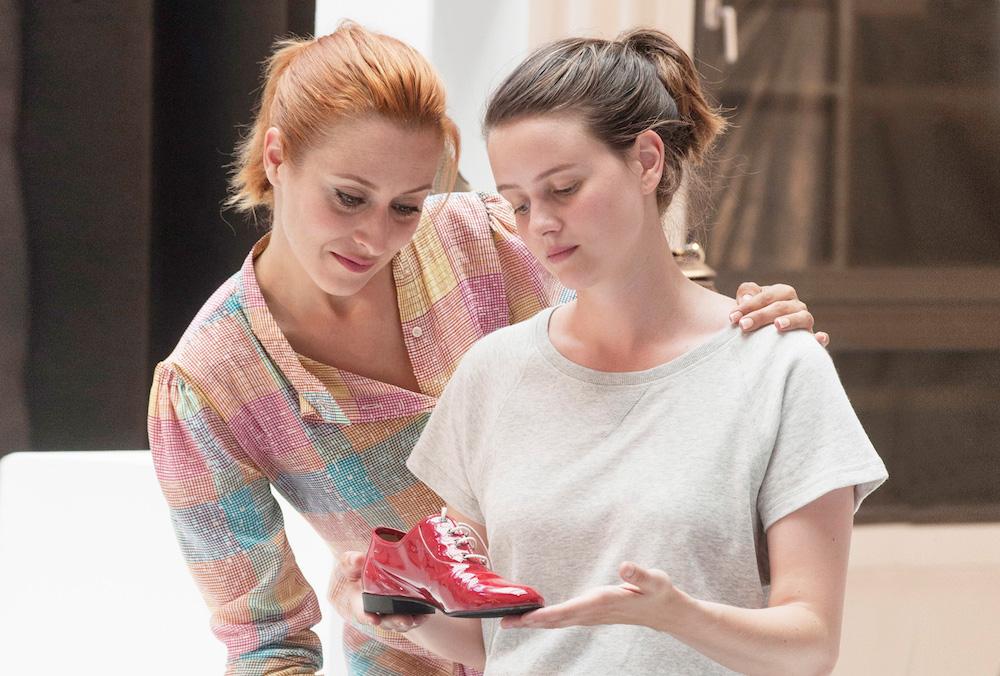 自分の幸せが見えてくる!? フレンチ・コメディ・ミュージカル『ジュリーと恋と靴工場』