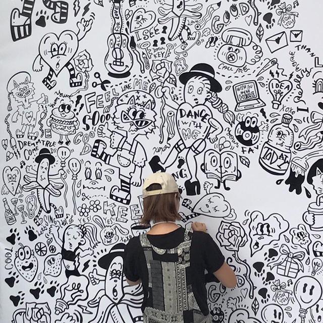 Chocomooが活動10周年の集大成となる個展「BUSY WITH LOVE」を開催!