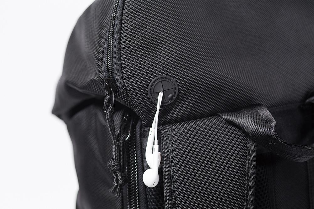 New Era®が東京ストリートシーンを代表するWHIZ LIMITEDとのコラボバッグをローンチ