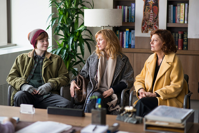 エル・ファニングの演技が光る!3世代の家族の物語『アバウト・レイ 16歳の決断』