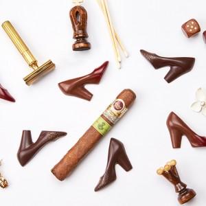 "JOHN KANAYAからハイヒールの形をしたチョコレート""ショコラ ドゥ ラリュール""がお目見え"