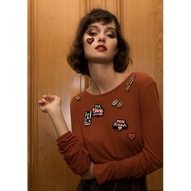 パリ発の刺繍ビジューブランド マコン・エ・レスコアから