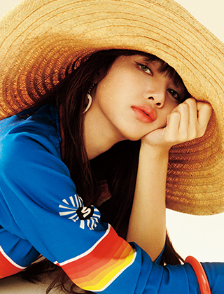 LISA(from BLACKPINK)が選ぶサマータイムプレイリスト 《HIT'S MY SUMMER-TIME MUSIC》