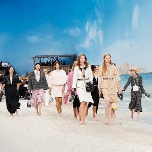 パリファッションウィークにてシャネルが2019年春夏 プレタポルテ コレクションを発表