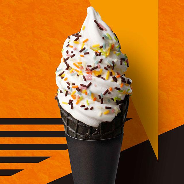 BAKE CHEESE TARTより人気ソフトクリームがハロウィン仕様になって登場!